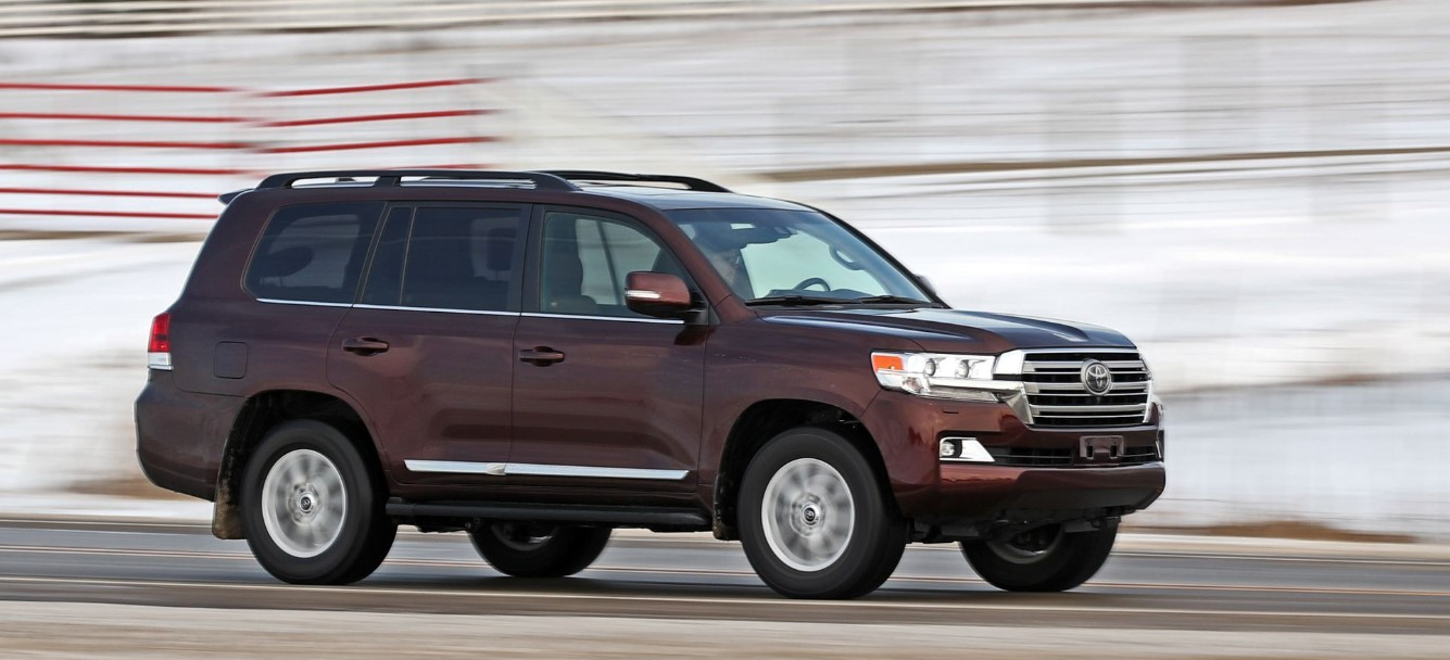2021 toyota land cruiser 300 release date engine price