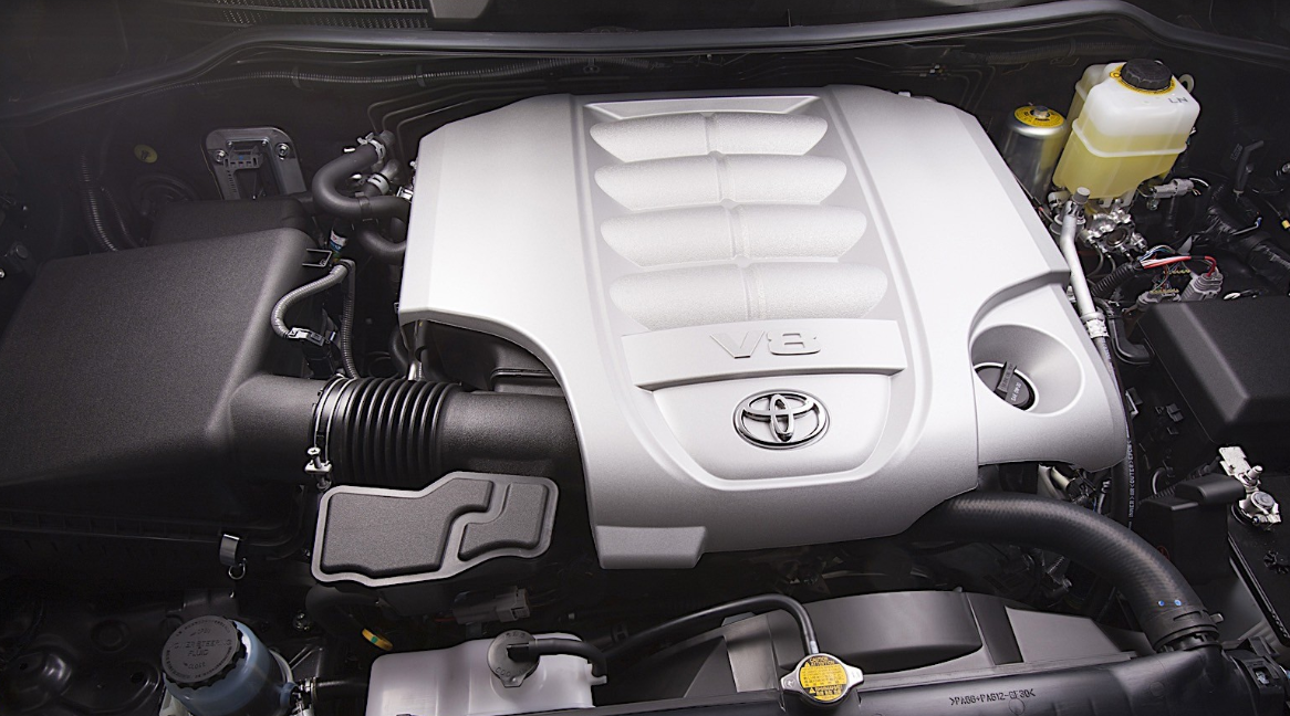 2022 Toyota Land Cruiser Engine