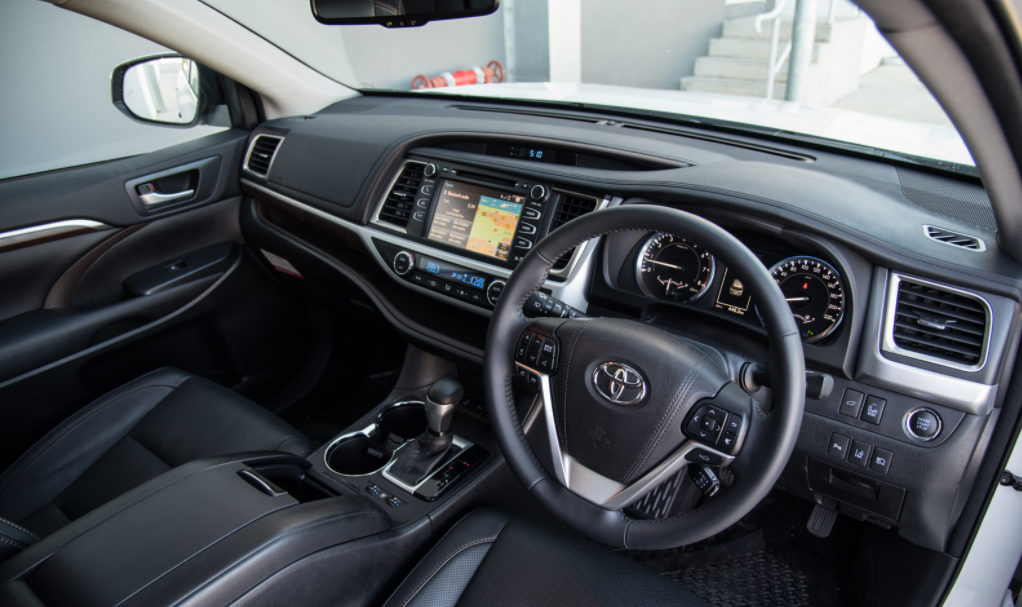 New 2022 Toyota Kluger Interior